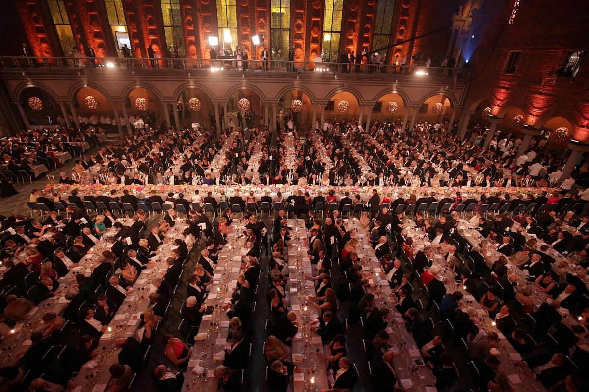 Guests attend the 2015 Nobel Banquet at the Stockholm City Hall.