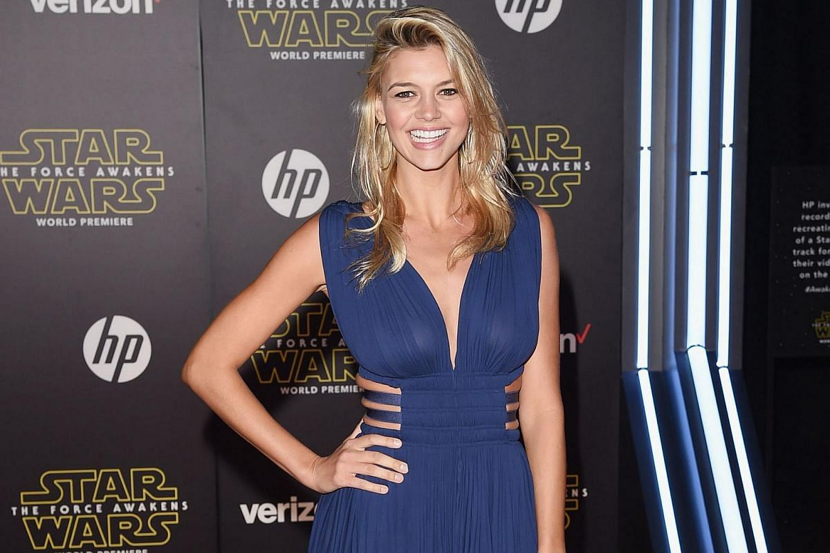 Model Kelly Rohrbach attending the premiere of Star Wars: The Force Awakens.
