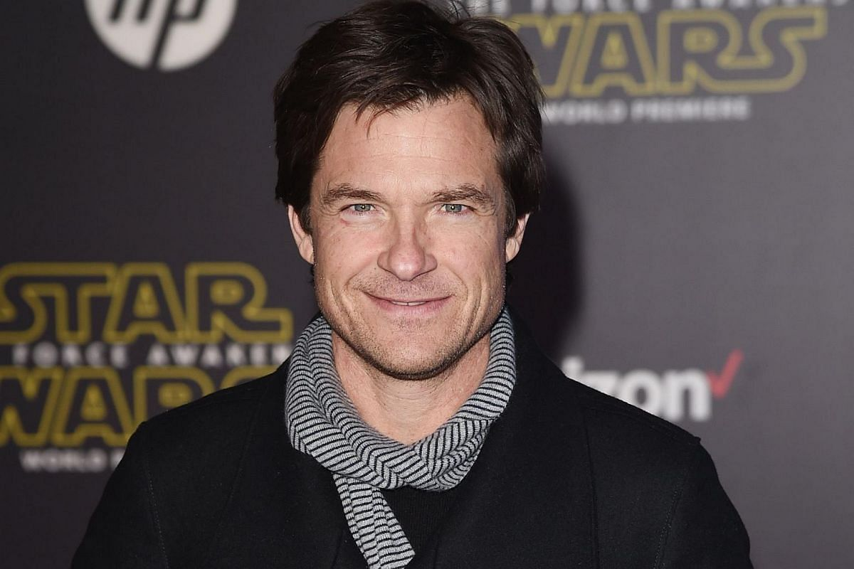 Actor Jason Bateman arriving at the premiere of Star Wars: The Force Awakens.
