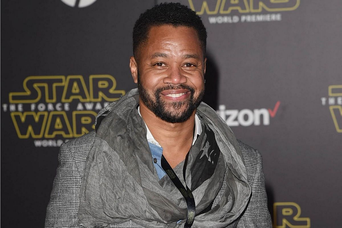 Actor Cuba Gooding Jr. arriving at the premiere of Star Wars: The Force Awakens.