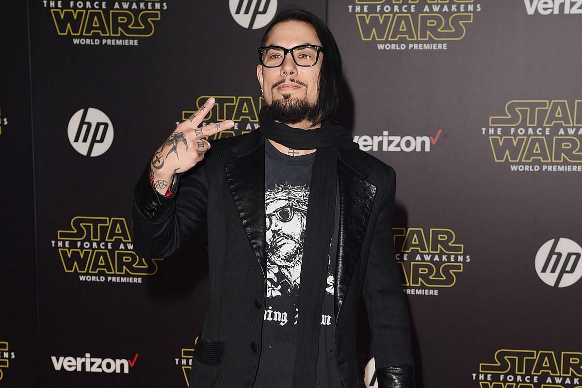 Musician Dave Navarro arriving at the premiere of Star Wars: The Force Awakens.