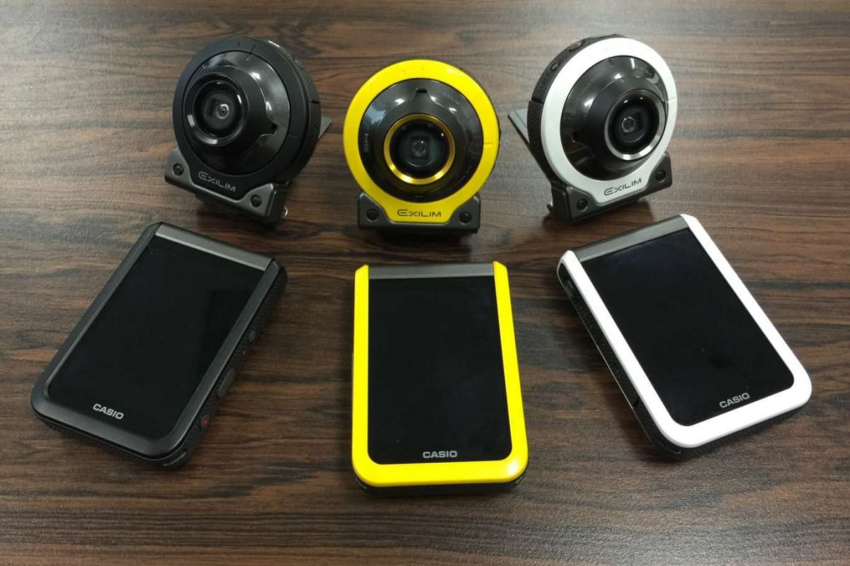 The Casio Exilim EX-FR100, available in black, yellow and white, has a two-part modular design. The camera module can be separated from the wireless controller module, which has a touchscreen LCD. The modules are linked wirelessly via Bluetooth.