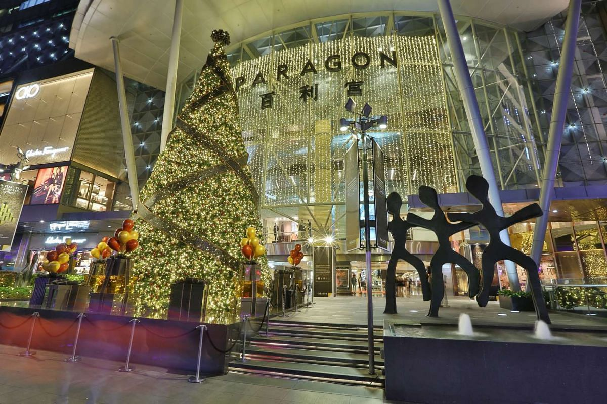 The 12m-tall Christmas tree at Paragon is decked with gold and bronze baubles. A total of 25,000 baubles and 30,000m of fairy lights were used for the mall's decorations.