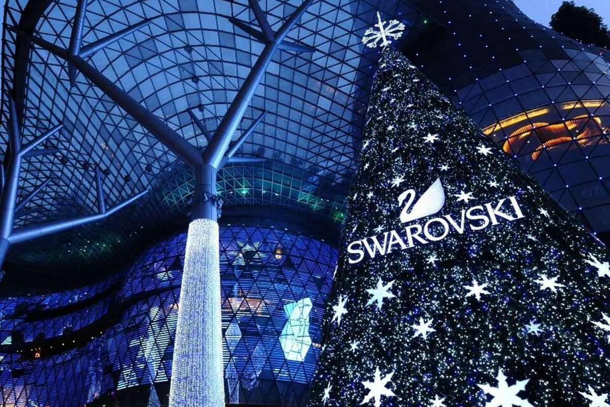 Ion Orchard was the judges' favourite, with an outdoor space transformed into a Christmas wonderland and a stunning outdoor Swarovski crystal Christmas tree.
