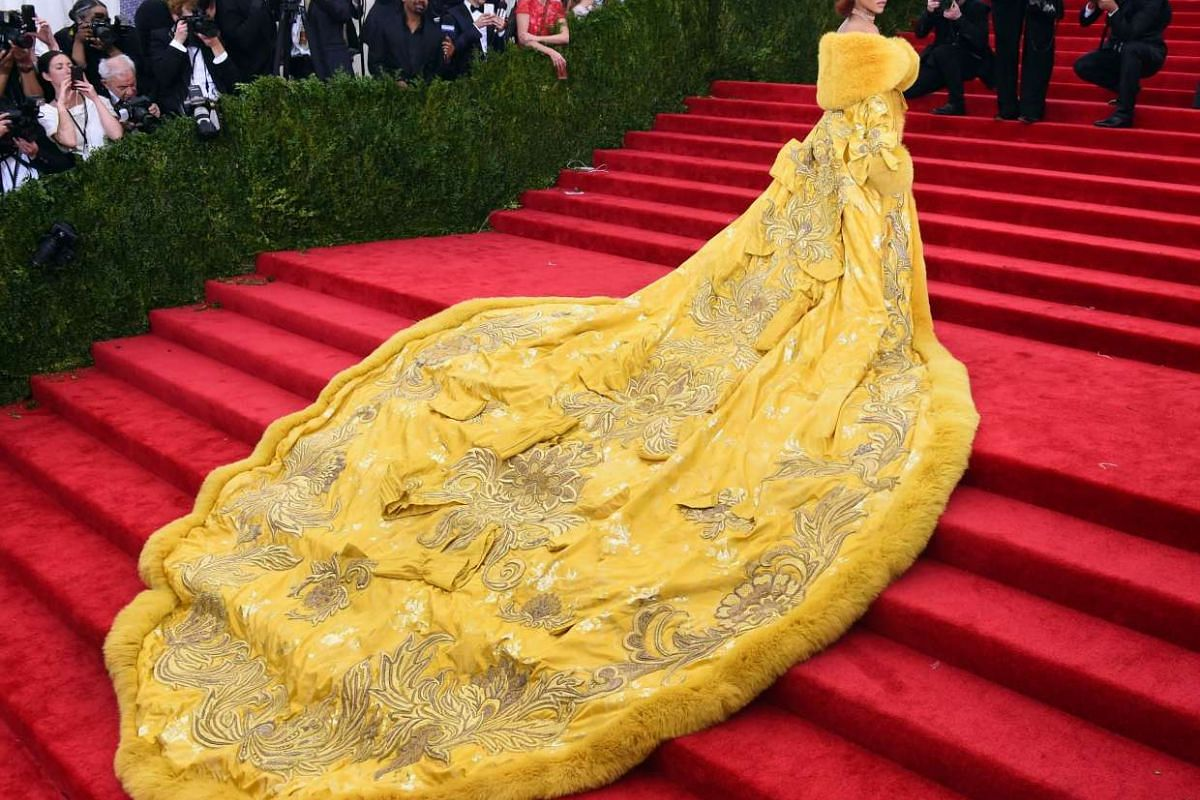 Rihanna arriving at the 2015 Metropolitan Museum of Art's Costume Institute Gala benefit on May 4, 2015 in New York.