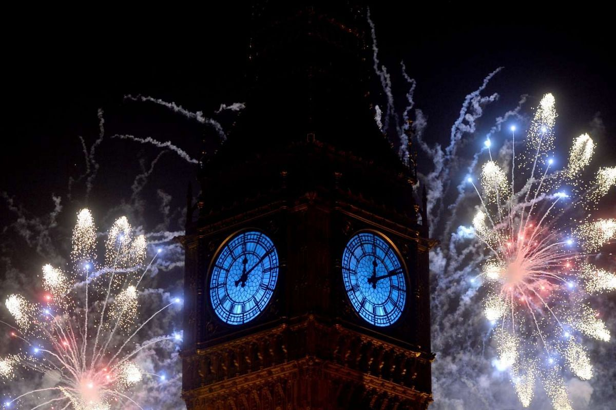 Fireworks over the Big Ben and The Houses of Parliament mark the coming of the New Year in Central London, Britain on Jan 1, 2016.