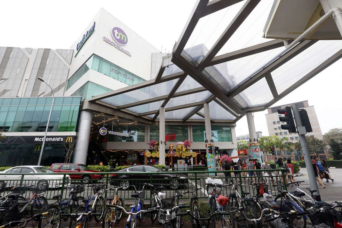 Tampines Mall hopes to draw bigger crowds with its new linkway to Tampines MRT Station.