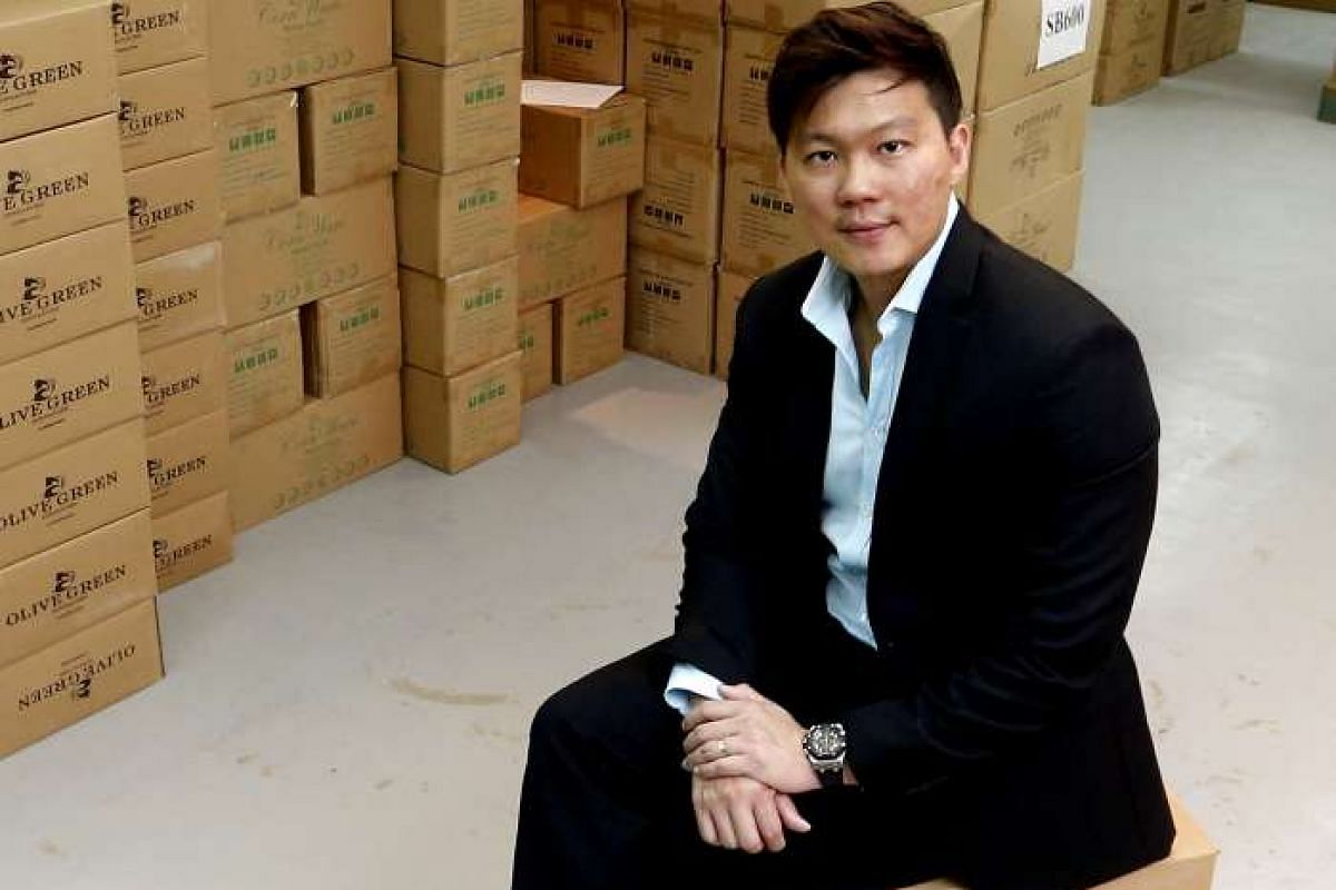"""""""Even though I was charged a slightly higher interest rate thanwhat the banks were offering, it still madesense to use a P2Psite because it works fasterandIwas morelikely to get the loan processed."""" MR CHEONG (above), whose loan request to expand one"""