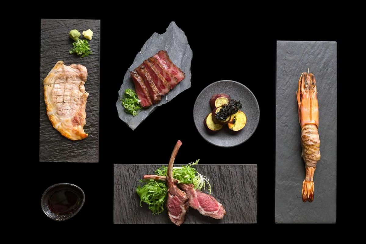 Jinzakaya aims to draw crowds with its take on the izakaya, featuring trendy interiors and a wide menu including grilled mains (above).