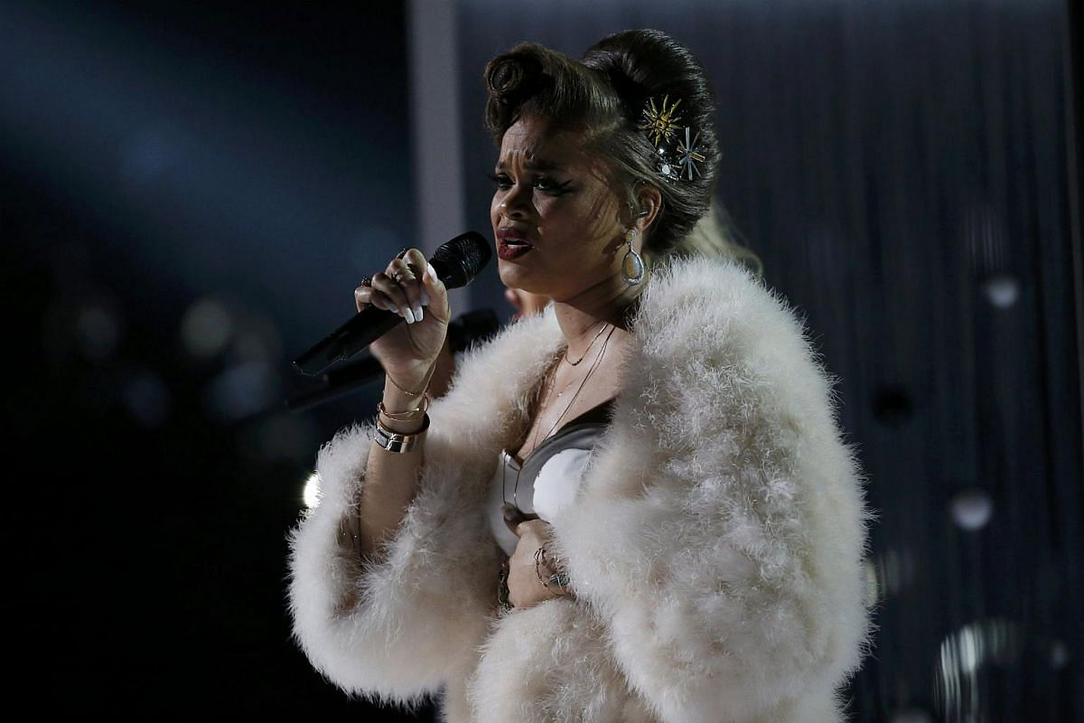 Audra Day performing Love Me Like You Do with Elle Goulding (not pictured) at the 58th Grammy Awards.