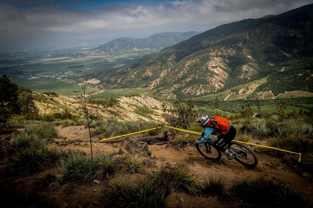 A handout photograph made available by Media Andes Pacifico on Feb 16, 2016, shows British rider Tracy Moseley in action during the third day of the 3rd edition of the Santa Cruz Andes Pacifico 2016 cycling race, in Matanzas, Chile, on Feb 13, 2016.