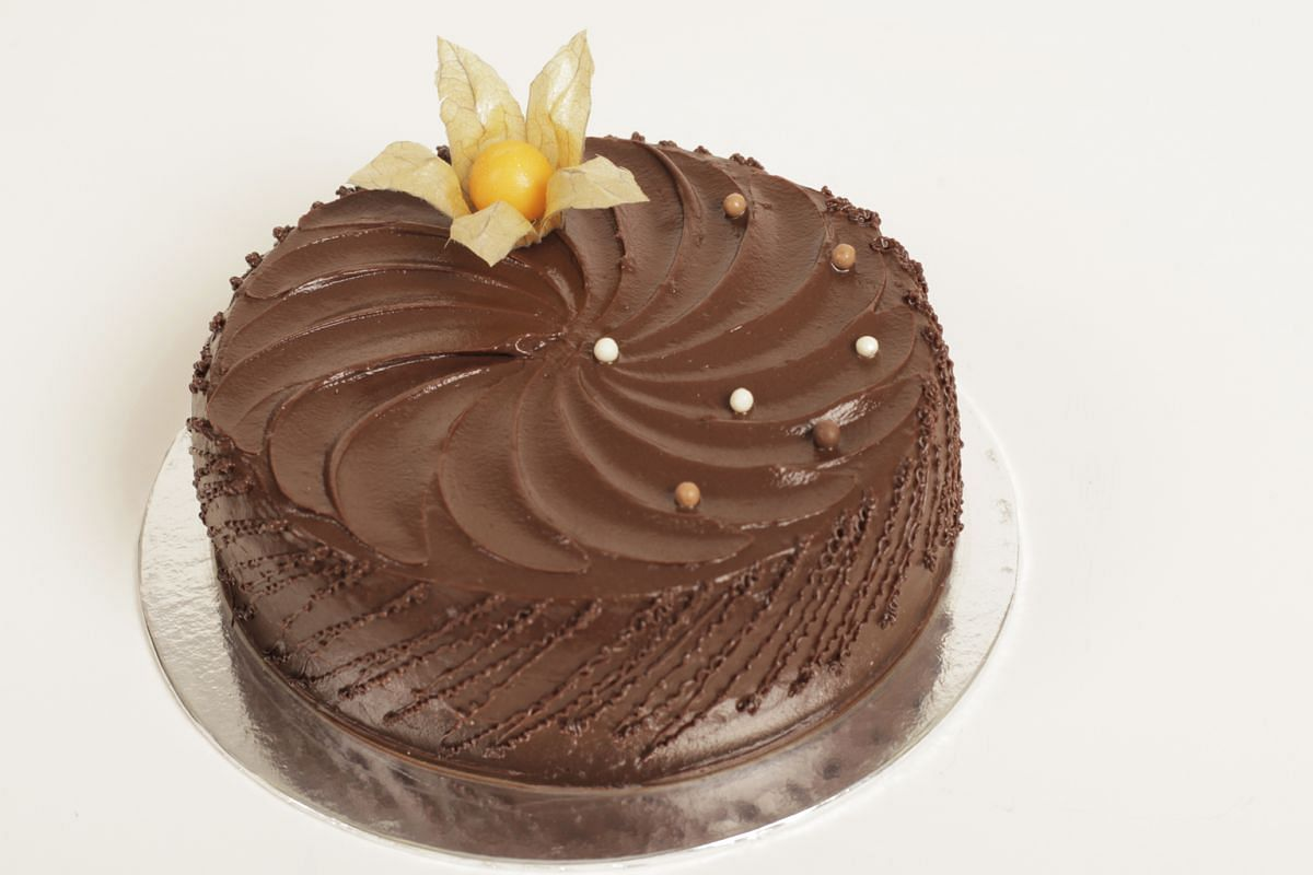 Which Is Singapores Best Fudge Cake Food News Top Stories The