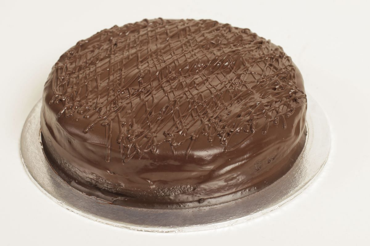 7. JANE'S CAKE STATION