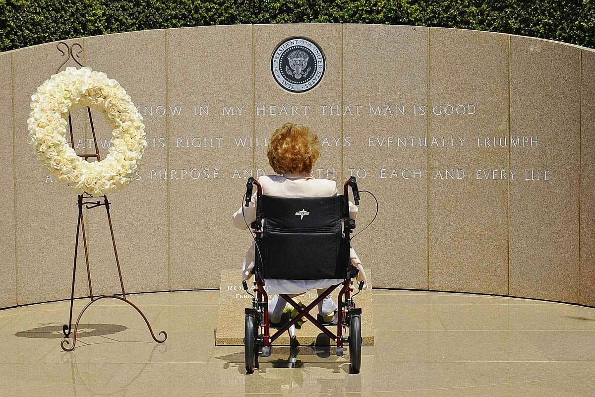 Former First Lady Nancy Reagan visits the grave site of her husband, former US President Ronald Reagan, at the Ronald Reagan Presidential Library on the 10th anniversary of his passing.
