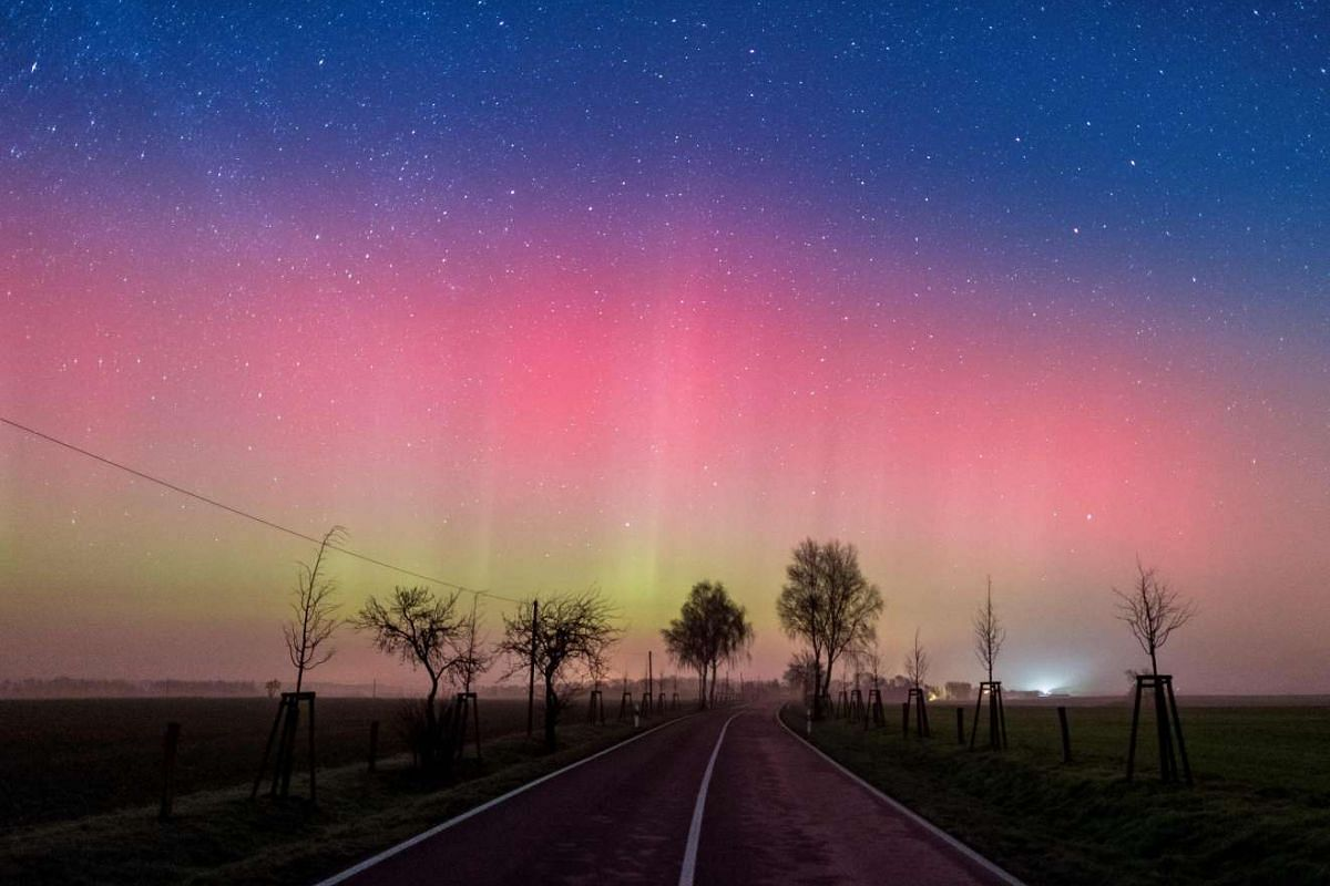 An Aurora borealis lights up the night sky in Lietzen, Germany, on March 6, 2016.