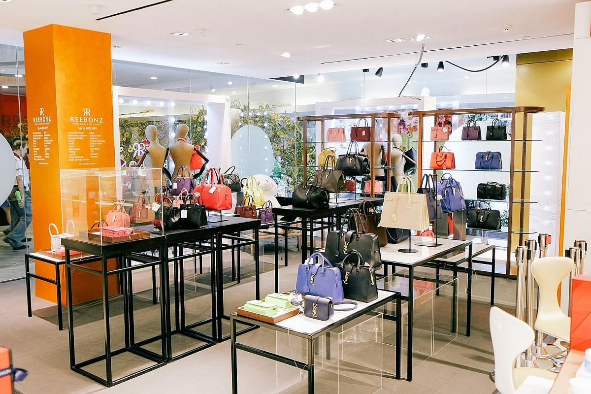The pop-up store for women's fashion label Love, Bonito, at Orchard Gateway. The Beyond The Vines pop-up store (left) at Mandarin Gallery and the Reebonz pop-up section (far left) in Metro at The Centrepoint.