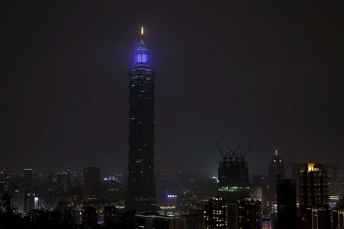 The Taipei 101 building during Earth Hour in Taipei on March 19, 2016.
