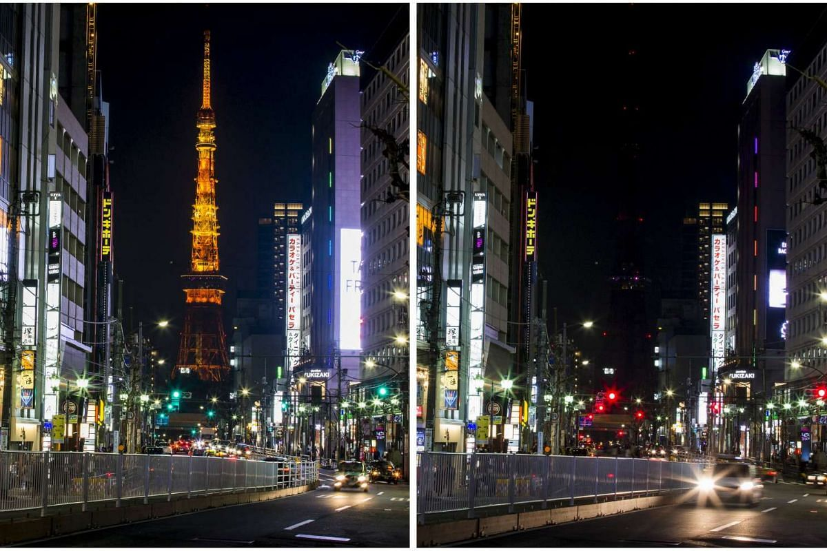 The Tokyo Tower before (left) and during Earth Hour in Tokyo on March 19, 2016.