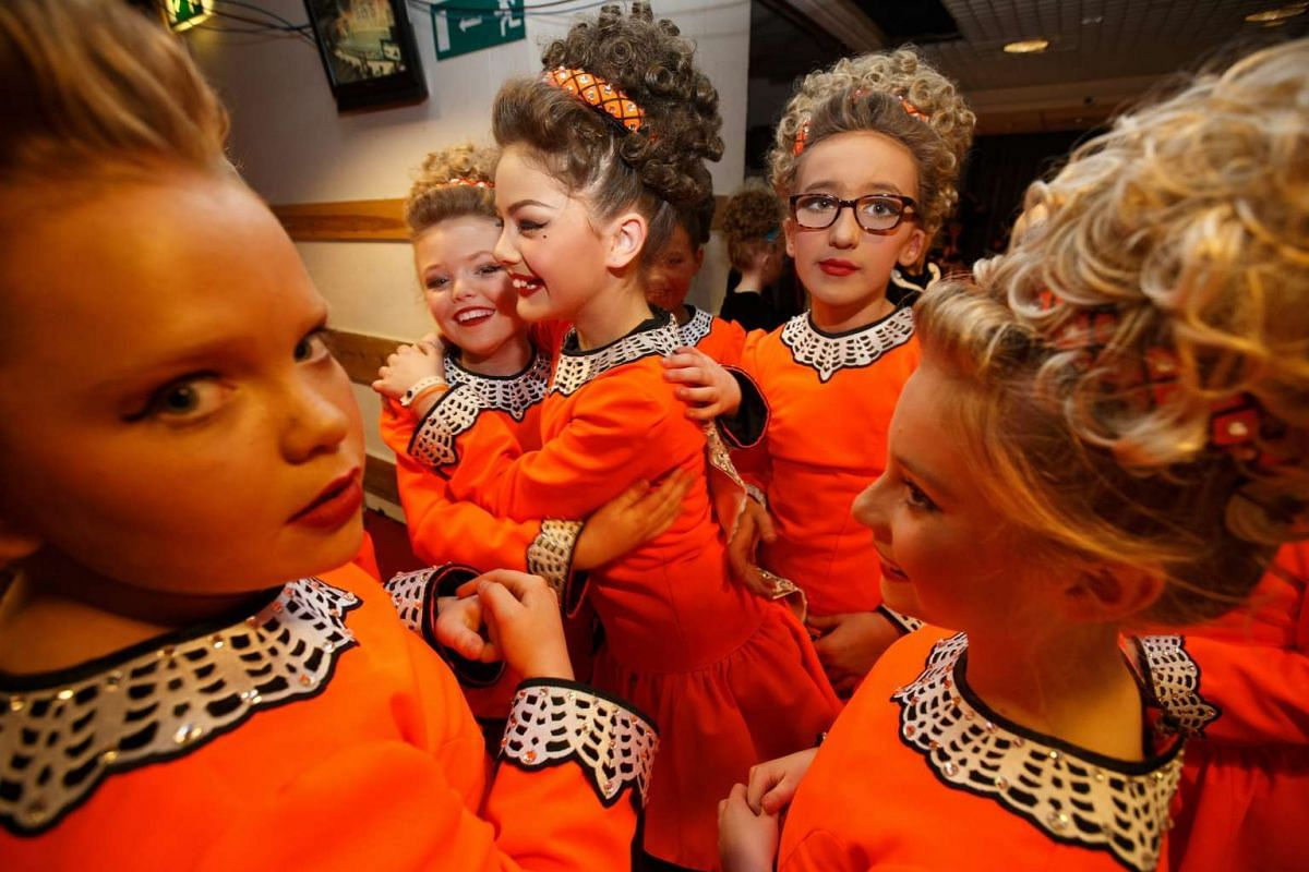 Participants wait to perform at the 46th annual World Irish Dancing Championships at the Glasgow Royal Concert Hall in Glasgow, Britian, March 22, 2016. PHOTO: EPA