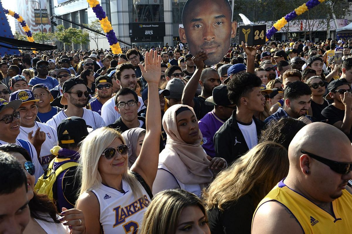 Thousands of fans gather outside Staples Center for Los Angeles Lakers Kobe Bryant's last game, on April 13, 2016.