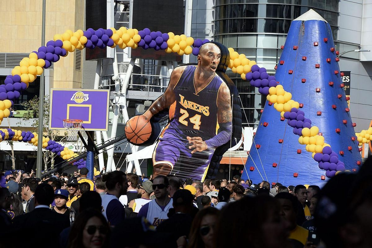 Fans gather outside Staples Center for Los Angeles Lakers Kobe Bryant's last game in Los Angeles, California, on April 13, 2016.