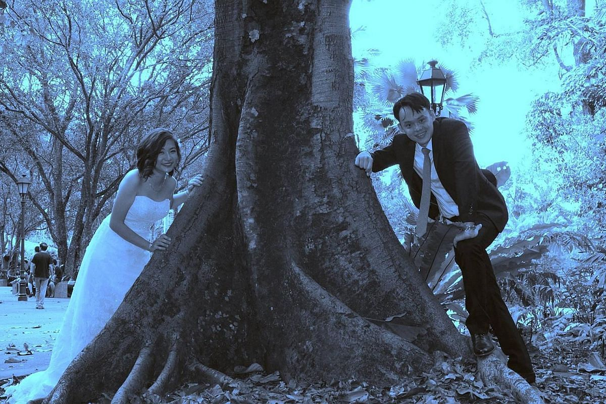 Couple Kelvin Tang and Jaclyn Ying's wedding picture (above), which was shot by Mr Andy Goh.