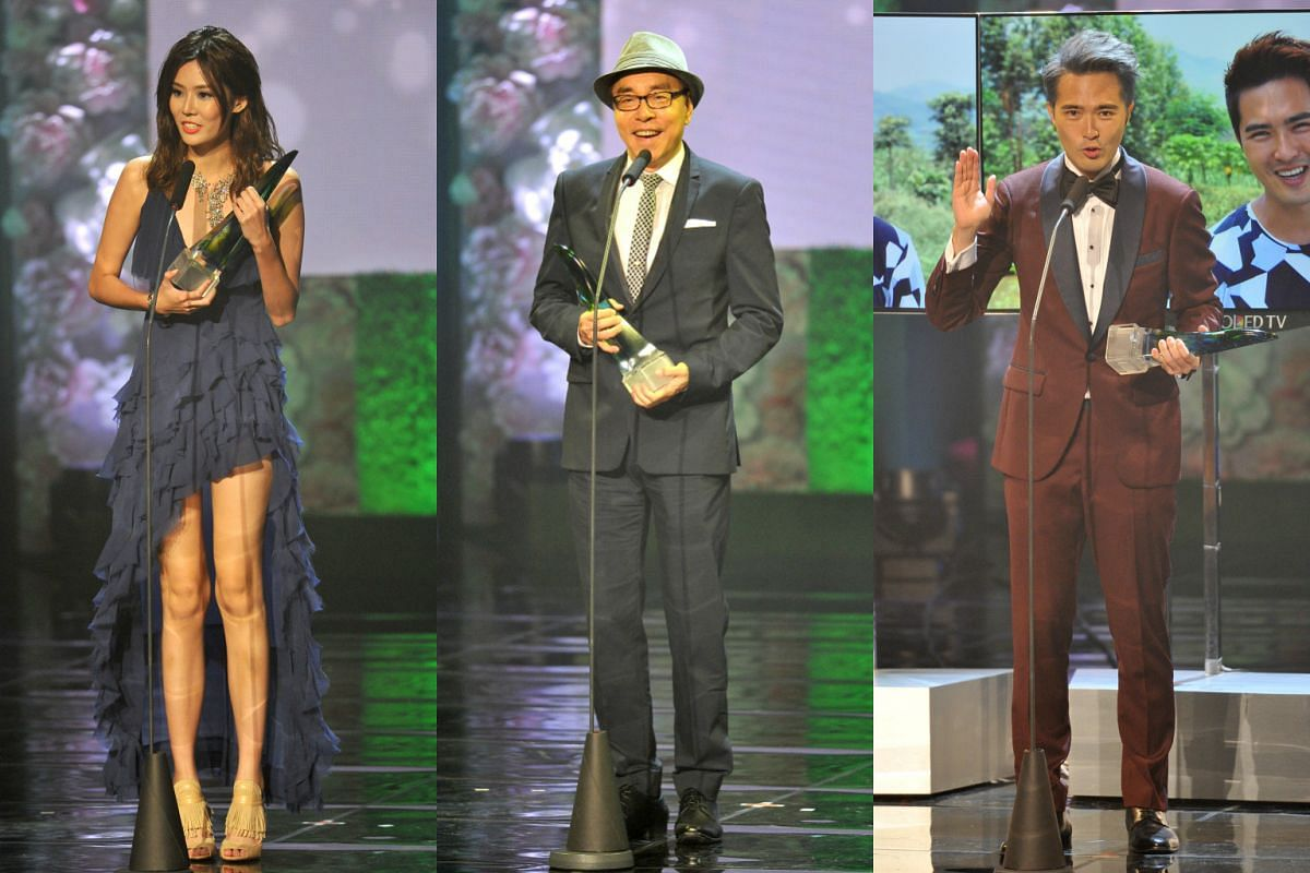 (From left) Carrie Wong, Chen Shu Cheng and Lee Teng winners of the Social Media Award, Best Evergreen Artiste Award and Best Programme Host.