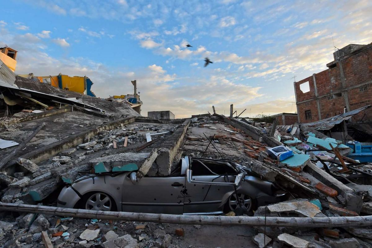 Picture showing the destruction in Manta, Ecuador, on April 17, 2016, a day after a powerful 7.8-magnitude quake hit the country.