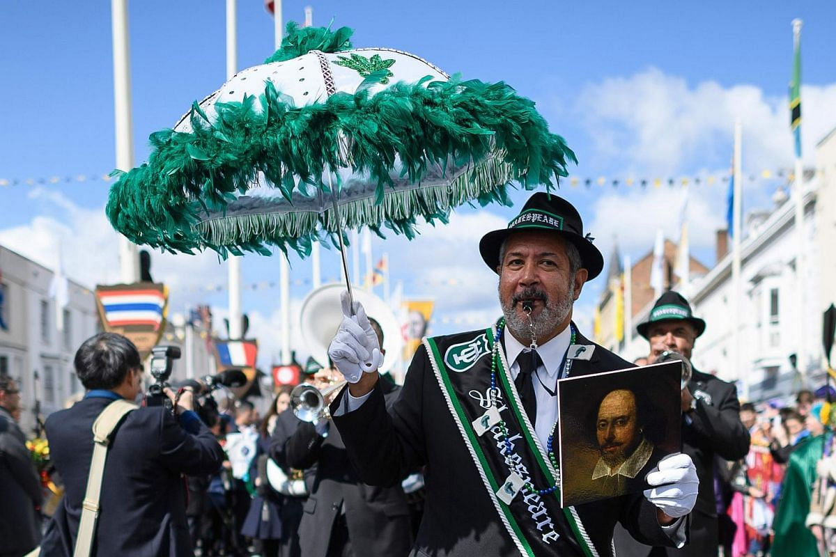 A New Orleans jazz band perform during during a parade to mark 400 years since the death of English writer William Shakespeare in Stratford-upon-Avon in central England on April 23, 2016.