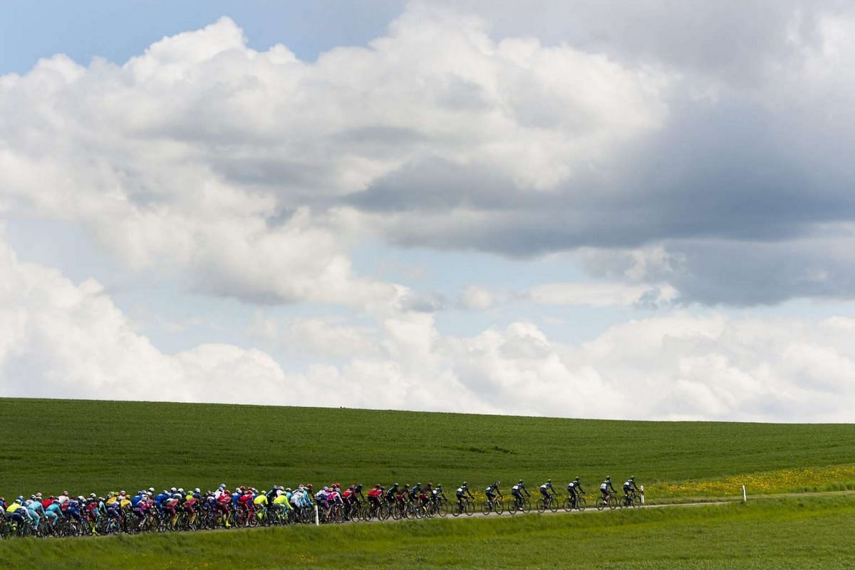 The pack riding during the first stage, over the 100.5 km between Mathod and Moudon, at the 70th Tour de Romandie UCI ProTour cycling race in Switzerland, on April 27, 2016.
