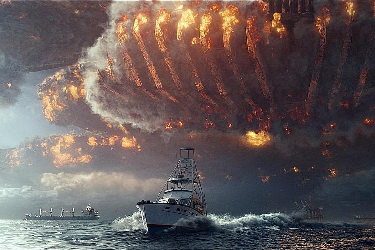 The aliens who chewed up Earth two decades ago in Independence Day return in Resurgence.