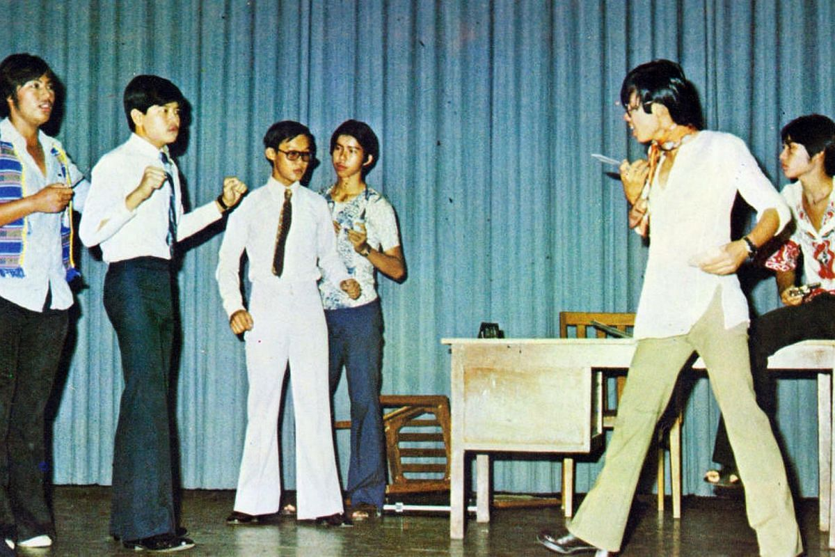Serangoon Garden South secondary school students performing Sailors on the Ship at Work at the Singapore Youth Festival in 1976.