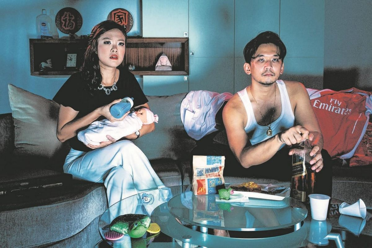 Couple David Han and Fang Shihan's pre-wedding photoshoot featured this portrait of emotional alienation.