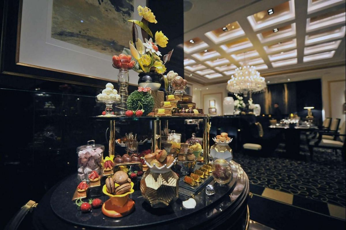 Diners at fine-dining French restaurant Joel Rubuchon can enjoy complimentary pastries and petit fours.