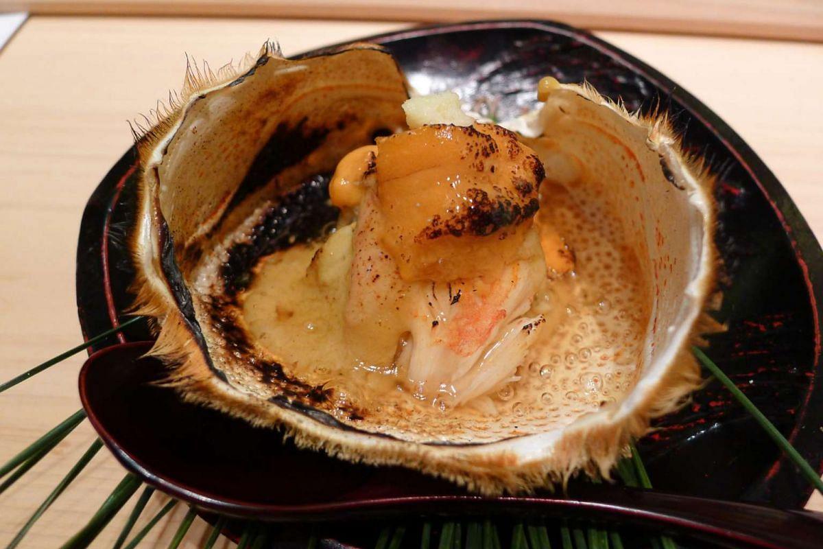 Hokkaido hairy crab with sea urchin gratin from Shinji restaurant.