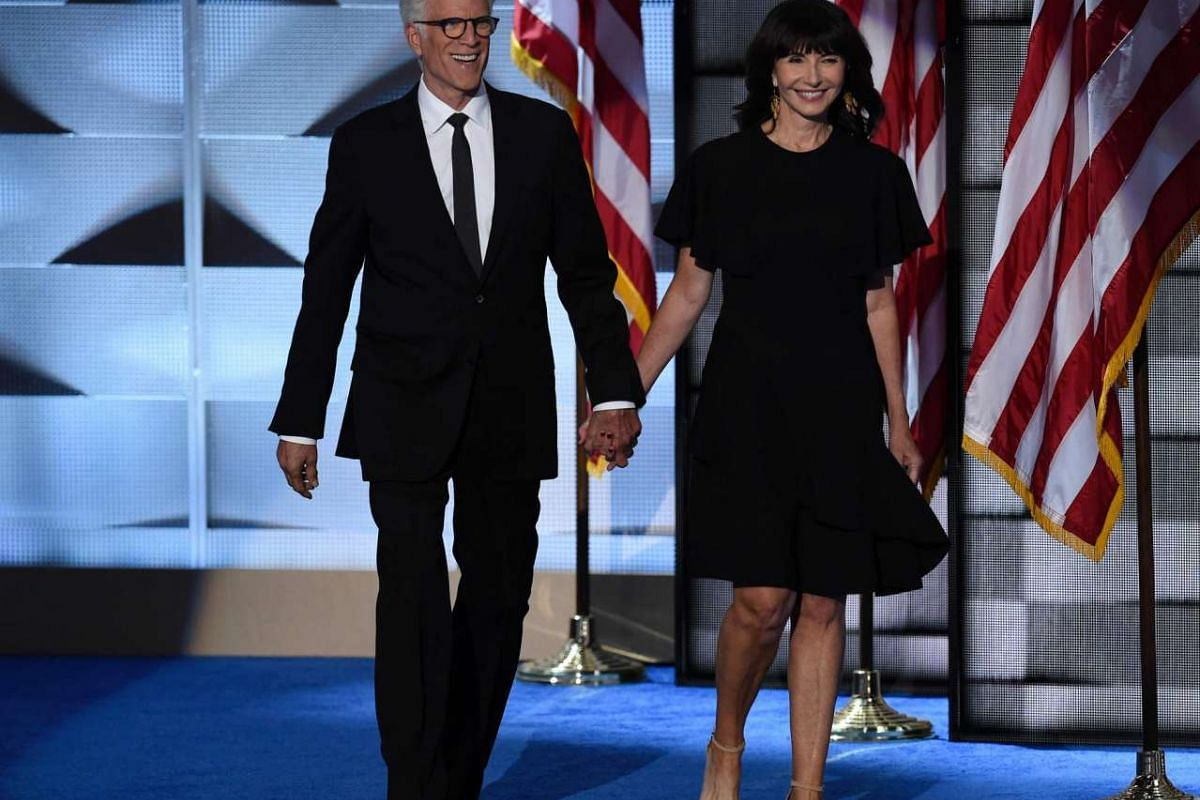 "Actors Ted Danson and Mary Steenburgen, who are married, stepped out in support of Hillary Clinton. Steenburgen, who has been friends with Hillary for 38 years, paid tribute to her tenacity saying when she ""gets knocked down seven times, she will get"