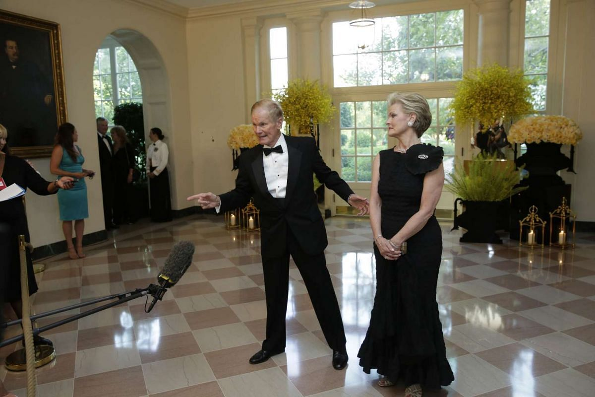 Senator Bill Nelson and Mrs Grace Nelson arrive at a state dinner in honour of Prime Minister Lee Hsien Loong of Singapore at the White House in Washington on Aug 2.