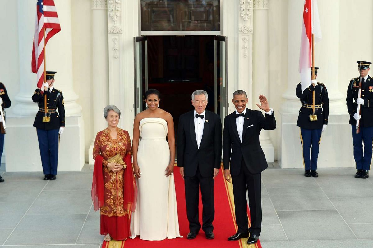 (From left) Mrs Lee, Mrs Obama, Mr Lee Hsien Loong and President Barack Obama arriving at the White House for the state dinner on Aug 2, 2016.