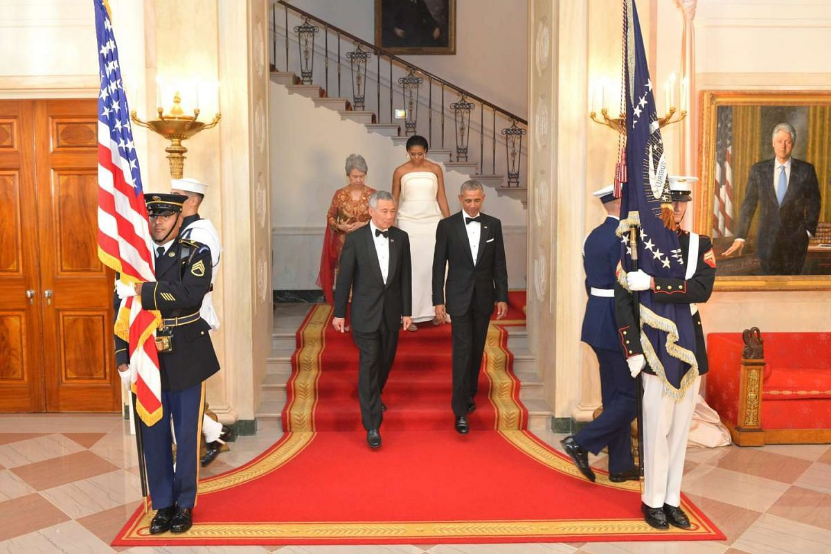 Mr Lee Hsien Loong, Mrs Lee, President Obama and Mrs Obama entering the White House for the state dinner on Aug 2, 2016.