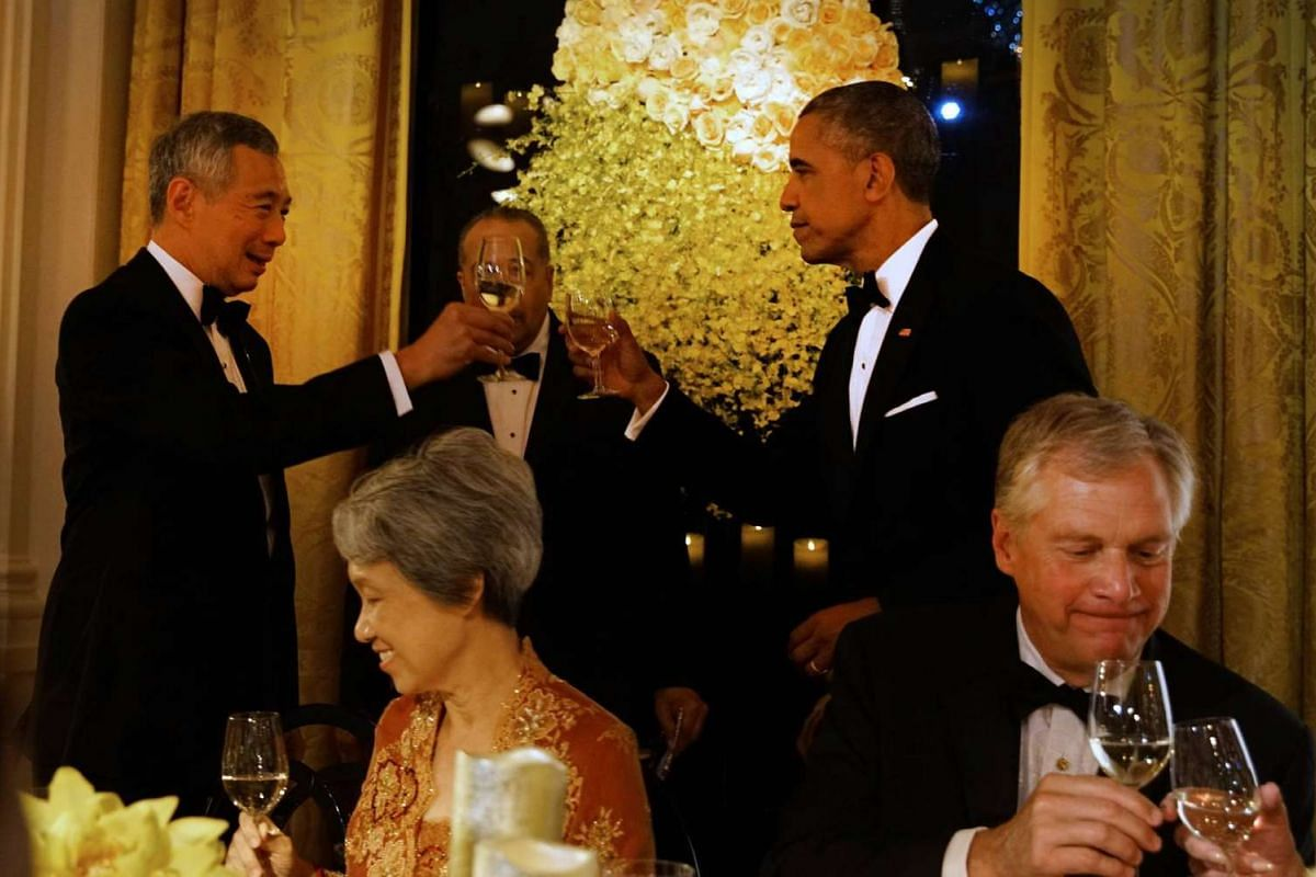 "Prime Minister Lee Hsien Loong offers a toast ""in honour and appreciation of the Obamas for their many contributions"" during the State Dinner at the White House on Aug 2, 2016."
