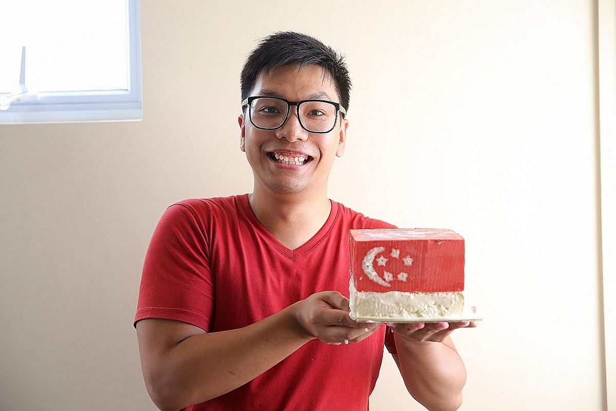 Mr Lutfi Isnin designed this cake for National Day. Place the skewers with the star-shaped and crescent cut-outs in between two cardboard dividers and place the entire contraption into a baking pan.
