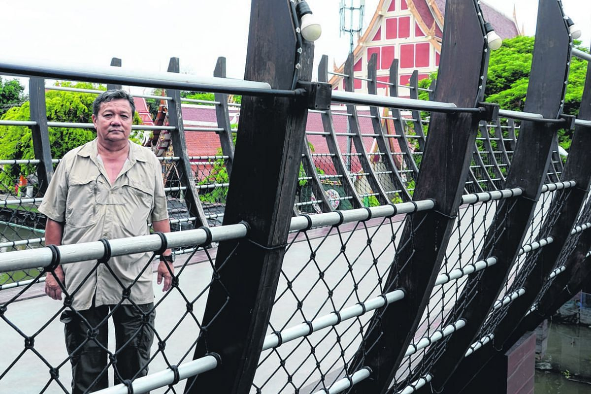Mr Chaovalit Metthayapraphat, who provides a private commuter boat service along Saen Saeb canal, says he will not be investing in environmentally friendly boats.
