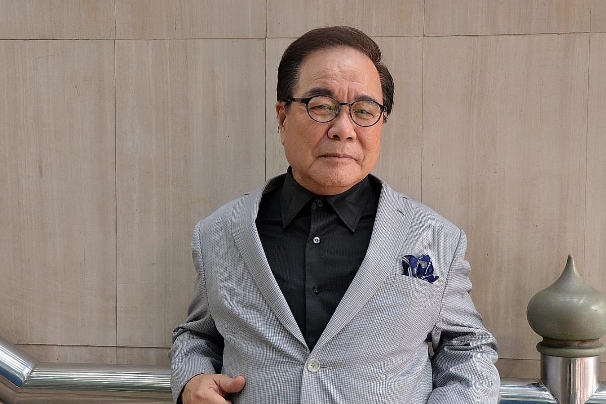 Huang Qing Yuan, a popular live singer in the 1960s and 1970s, will perform at the Golden Hits concert.