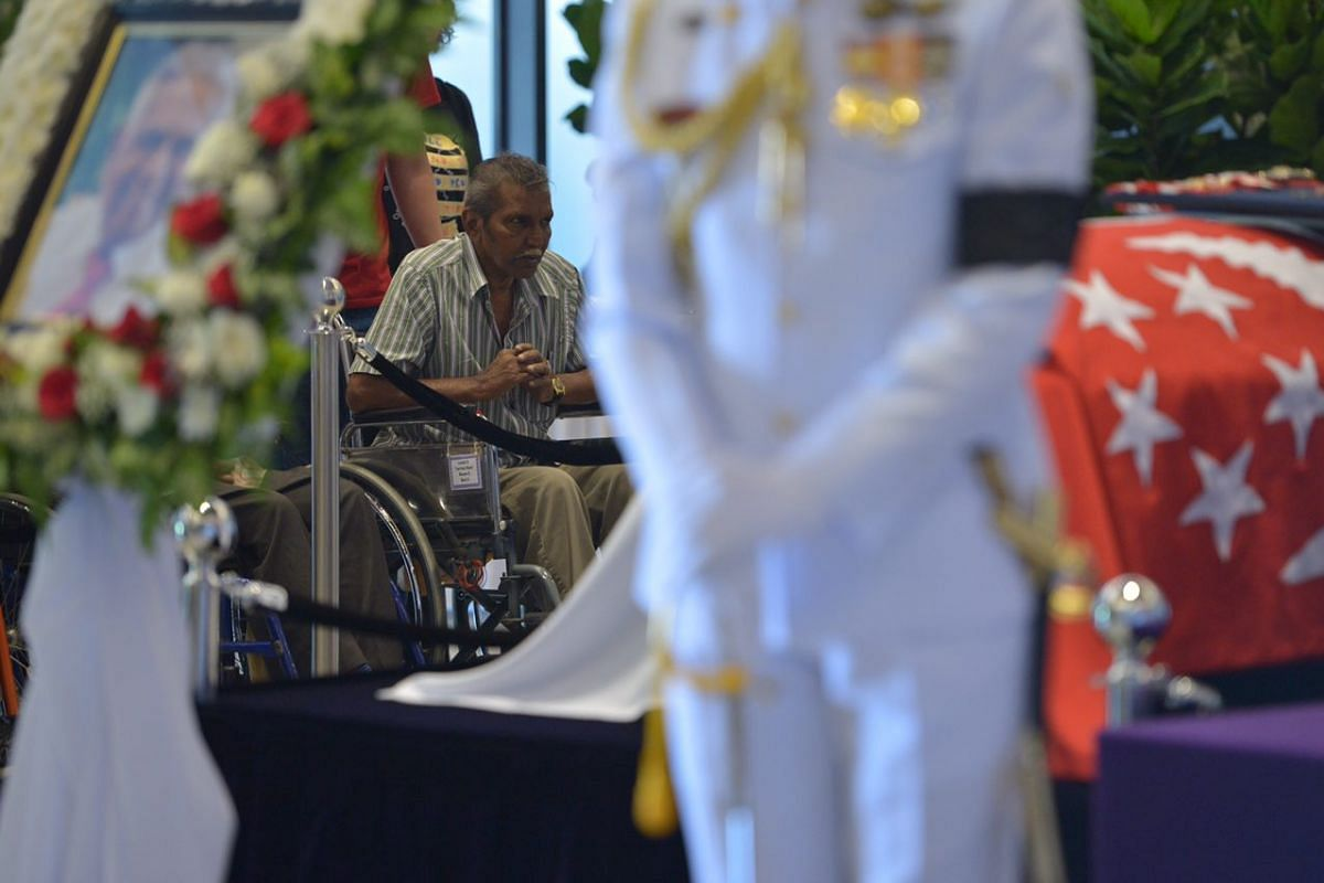 People paying their respects to Mr S R Nathan at Parliament House on Aug 25.