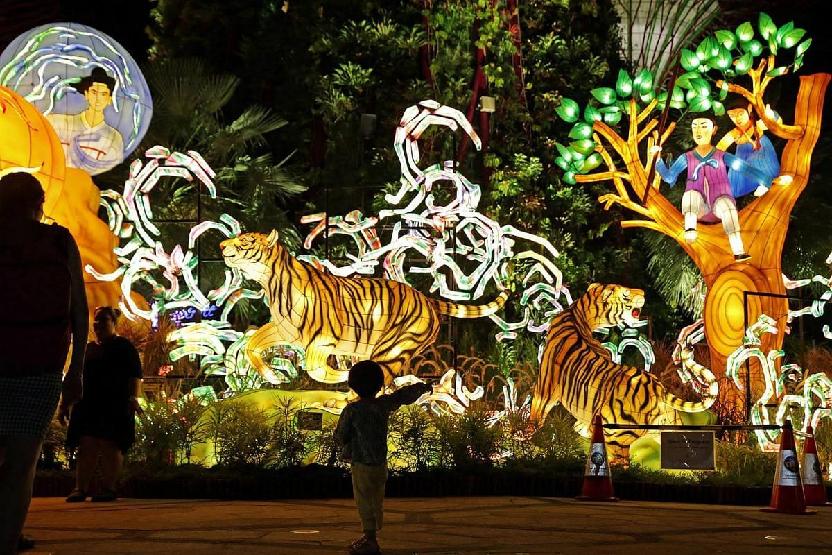 There will be large lantern sets featuring characters of the Mid-Autumn Festival to be displayed at Gardens by the Bay this September.
