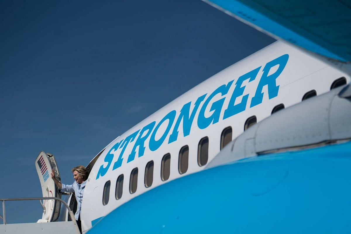 Democratic presidential nominee Hillary Clinton arrives at Cleveland Hopkins International Airport September 5, 2016 in Cleveland, Ohio. PHOTO: AFP