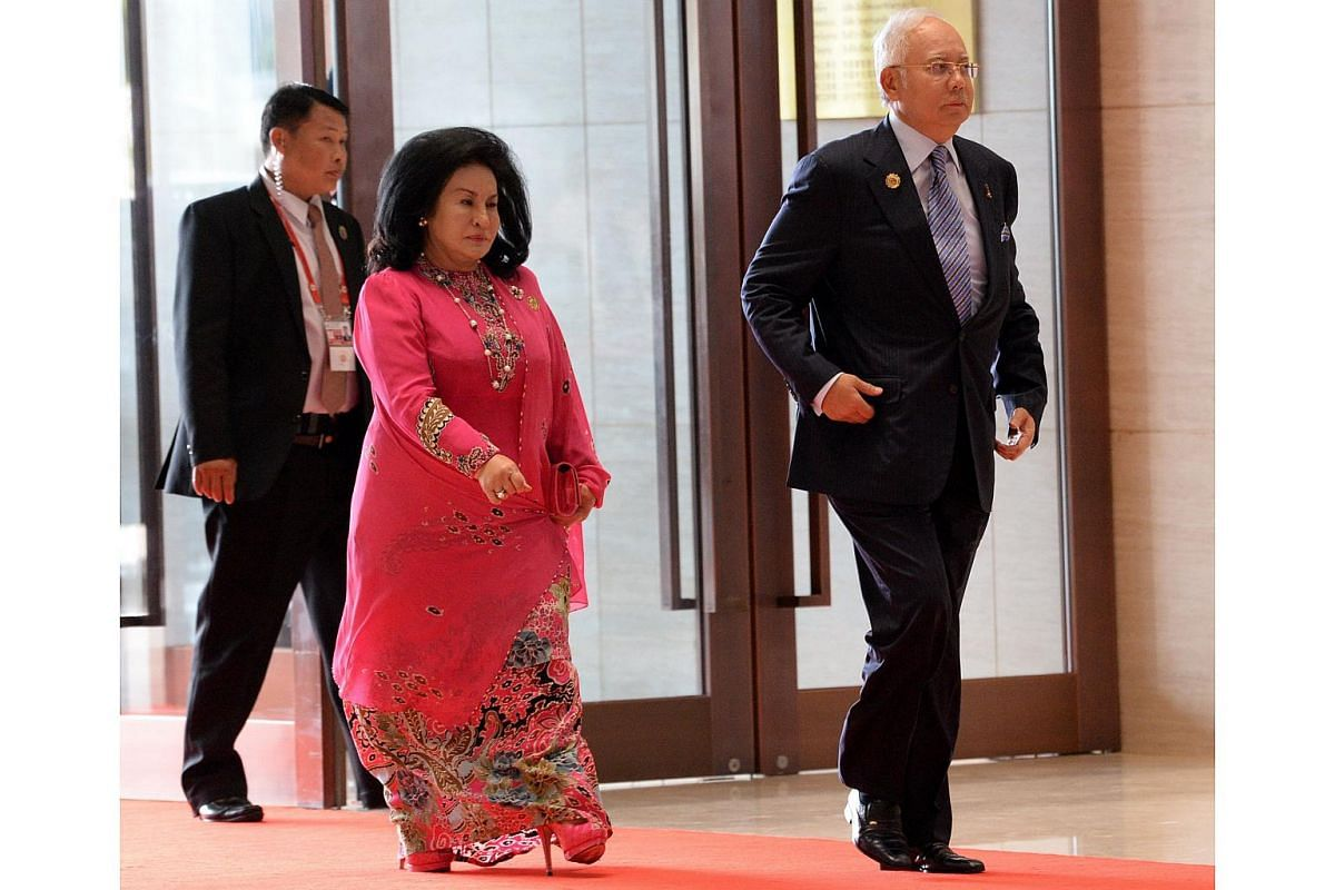 Malaysian Prime Minister Najib Razak and his wife Rosmah Mansor arriving to attend the opening ceremony of the Asean Summit in Vientiane on Sept 6, 2016.