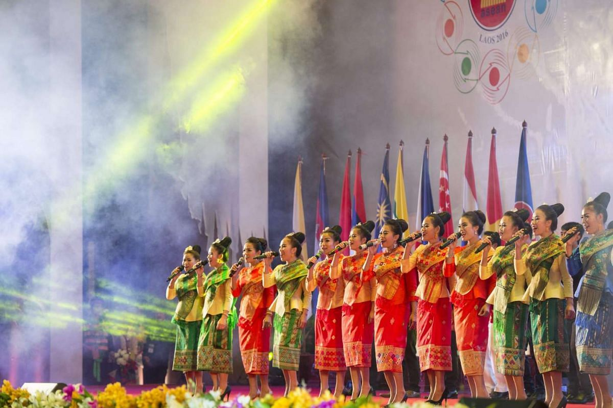 Singers present their performance during the gala dinner at the 28th and 29th Asean Summits at the National Convention Centre in Vientiane, Laos, on Sept 7, 2016.