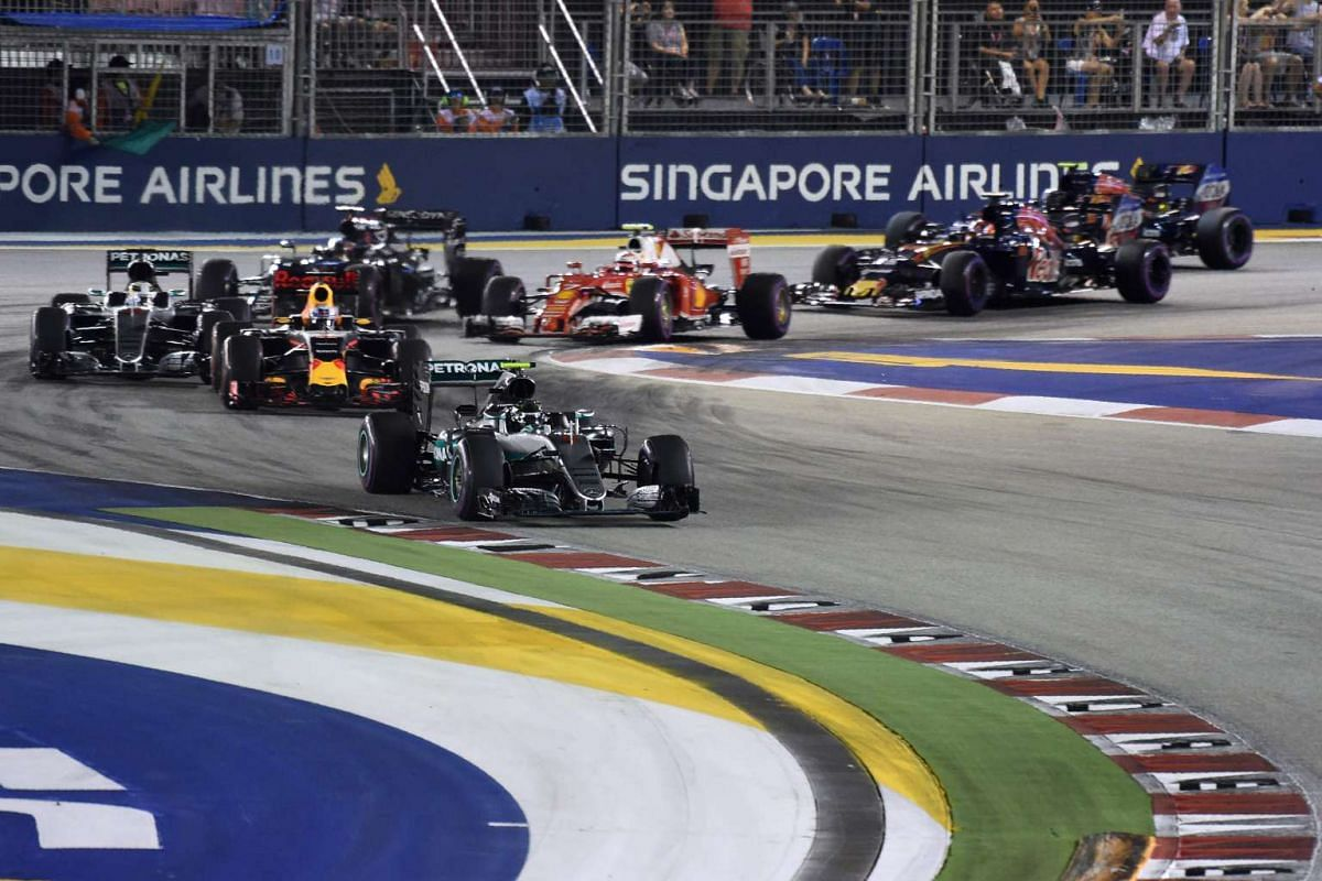 Mercedes AMG Petronas F1 Team's German driver Nico Rosberg leads the pack during the 2016 Formula One Singapore Airlines Singapore Grand Prix on Sept 18, 2016.