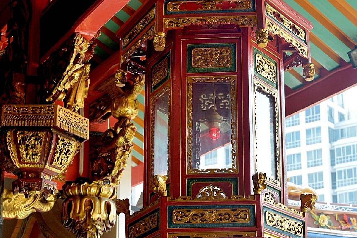 This bell is rung to welcome the arrival of temple deities during celebrations.